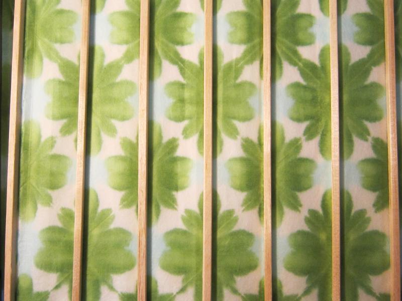 abat jour japonais en papier washi nuanc de vert. Black Bedroom Furniture Sets. Home Design Ideas